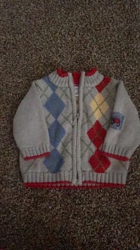 Baby boys sweater 3-6 months $5 toddler boys shorts 2T Del City, 73115