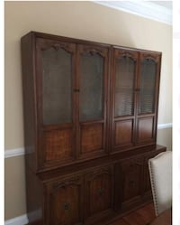 Henredon China cabinet and 4 side chairs and 2 arm chairs Chantilly, 20151