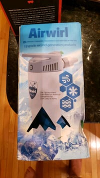 Personal a/c that looks like a water bottle Chantilly