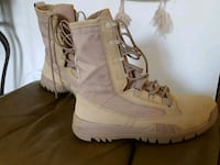 Almost new Nike lace up suede boots Laval, H7W 0A3