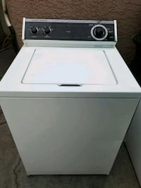Very nice clean whirlpool washer machine  Las Vegas, 89120