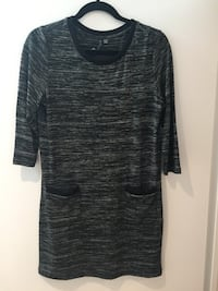 Sweater dress Toronto, M6J 0E5