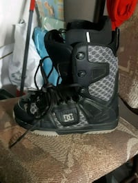 pair of  DC snowboarding boots  Kitchener, N2E 1Z3