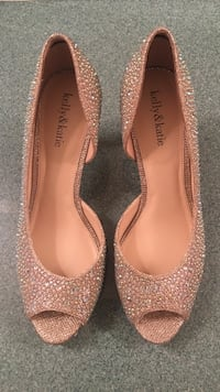 Crystal Dress Shoes Size 10 Westminster, 21157
