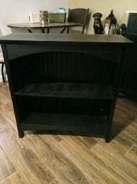 2 shelf floor black wood furniture stand..like new Hagerstown, 21742