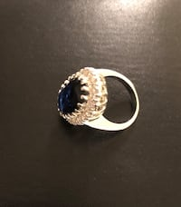 Ring size 7 - Dark blue stone and sterling silver Toronto, M2H 2Y3