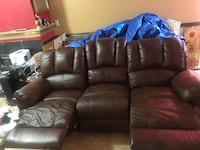 Dark brown leather reclining couch 3 seater Capitol Heights, 20743