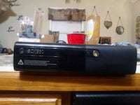 Xbox 360 in very good condition,an has all cords Shepherdsville, 40165