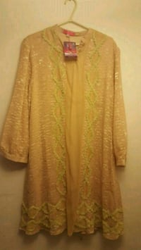 women's yellow dress/shirt Oakville, L6K 3P3