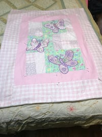 Butterfly hand made vintage antique quilt  Washington, 20024