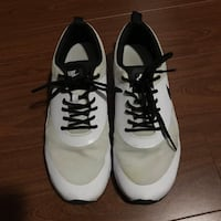 Air Max Nike Thea's size 7.5  Vancouver, V5R 5P5