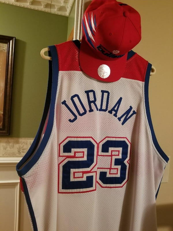 separation shoes 01bfd 2ba1e red and white Jordan 23 basketball jersey