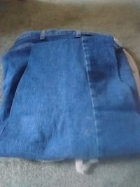 blue denim straight-cut jeans.size 38x30 Kelowna, V1X 7Z6