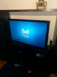 """47"""" samsung lcd flat screen TV good working condit Kitchener, N2A 1T1"""