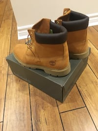 Timberlands - men's  Toronto, M1R 2N3