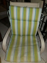Patio chairs and table  Lauderhill, 33313