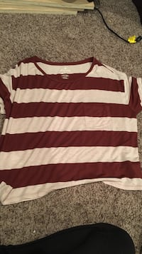 Red and white striped hollister crew-neck t-shirt Lethbridge, T1K 5S6