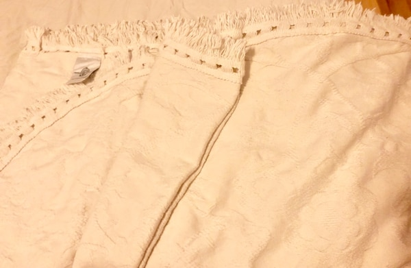 VINTAGE CROWN CRAFTS MATELASSE 100% COTTON King made in USA $80 obo 997fc4b5-bcc9-4209-b208-92f91067a348