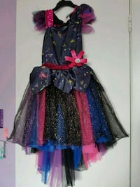 Dark flower fairy Halloween custome size 6/7 Mississauga, L4T 3M2