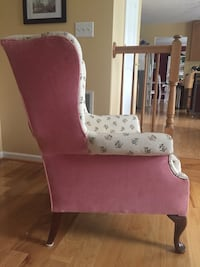 Wing chair Mount Airy, 21771