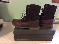 Brown timberland lady boots size 7 Calgary, T2L 2A5