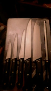 6 Pc. knife set w/sharpener Sioux Falls