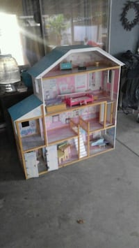 white and red wooden dollhouse La Puente, 91746