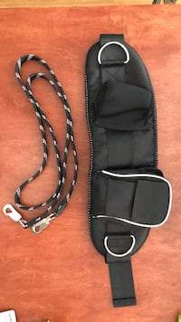 Dog walking utility belt and leash Vancouver, V6B 1L7