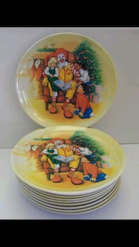 14 Christmas plates new in the box Manchester, 03103