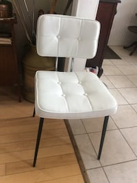 Modern chair - made in Italy ! Great condition ! Kitchener, N2M 1L4