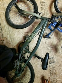 black and gray hardtail mountain bike Petoskey, 49770