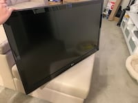 "42"" LG LED TV Elkridge, 21075"
