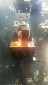 Snow blower for sale works very good  Laval, H7X 1P9