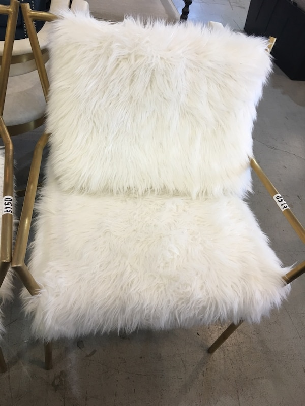 Fluffy chair