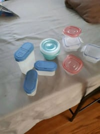 9 plastic containers  with lids  Belleville, K8N 4E3