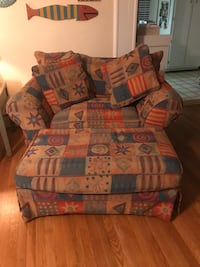 Love Seat and Ottoman Virginia Beach, 23464