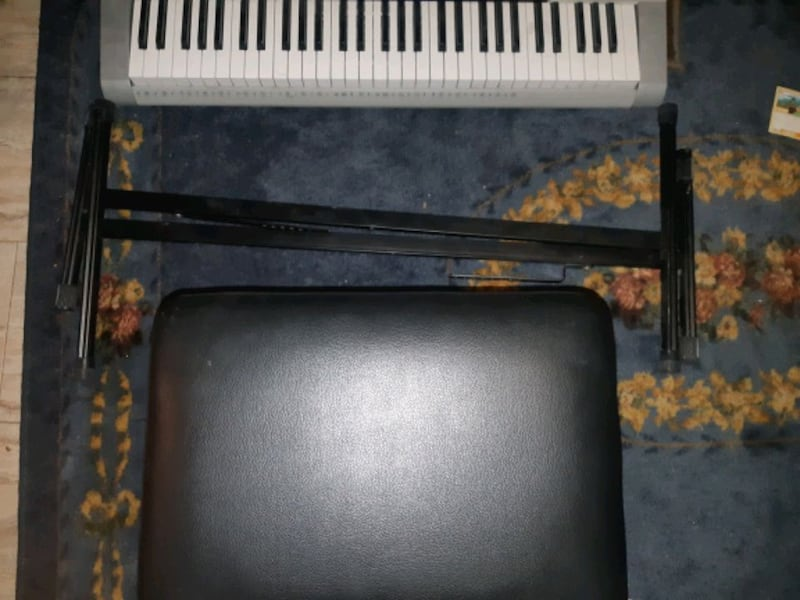 61 key casio keyboard with stand and stool 9f2abbf5-247d-403a-a6bd-1556c26199b5