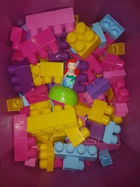 150+MEGA BLOKS in excellent condition  Coquitlam, V3B 4T4