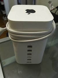 Apple Airport Extreme wifi Router Chicago, 60657
