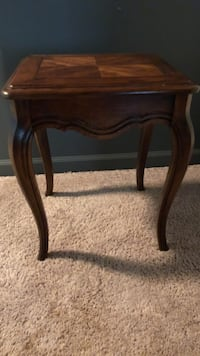 Solid Oak French Country Side Table Athens, 30606