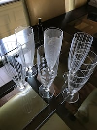 two clear cut glass vases Laval, H7L 1K4