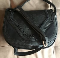 black leather 2-way handbag Montreal