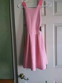 pink and white stripe sleeveless dress Las Cruces, 88001