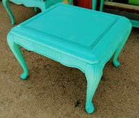 teal wooden 2-layer table El Paso, 79932