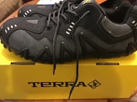 Brand new never worn. Men's Size 10 Terra steel toe work shoes. Hamilton, L8K 5K1