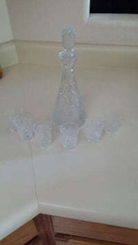 Crystal Decanter with 5 shot glasses  Rio Rancho, 87144