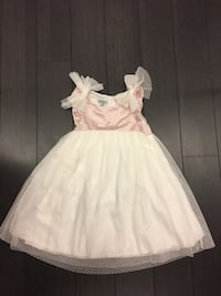 Party dress 4T new washed but never worn Mississauga, L5B