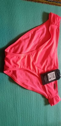 Ladies Ripzone swimsuit size large Middle Sackville, B4E 3A9