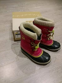 Girls Sorel winter boots Richmond Hill, L4S 1X1