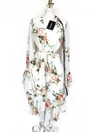 Pretty little thing* white floral dress new with tags Kitchener, N2N 3A4